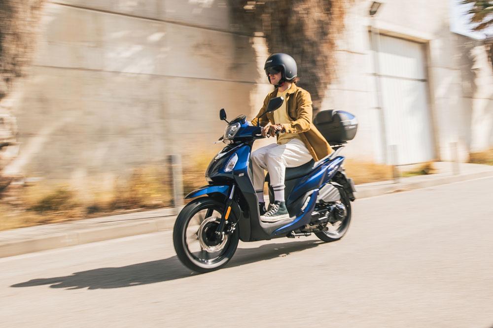 El sistema de frenada combinada CBS es un detalle que abarata el precio frente a otros rivales, más caros, que cuentan con ABS como el Honda SH 125