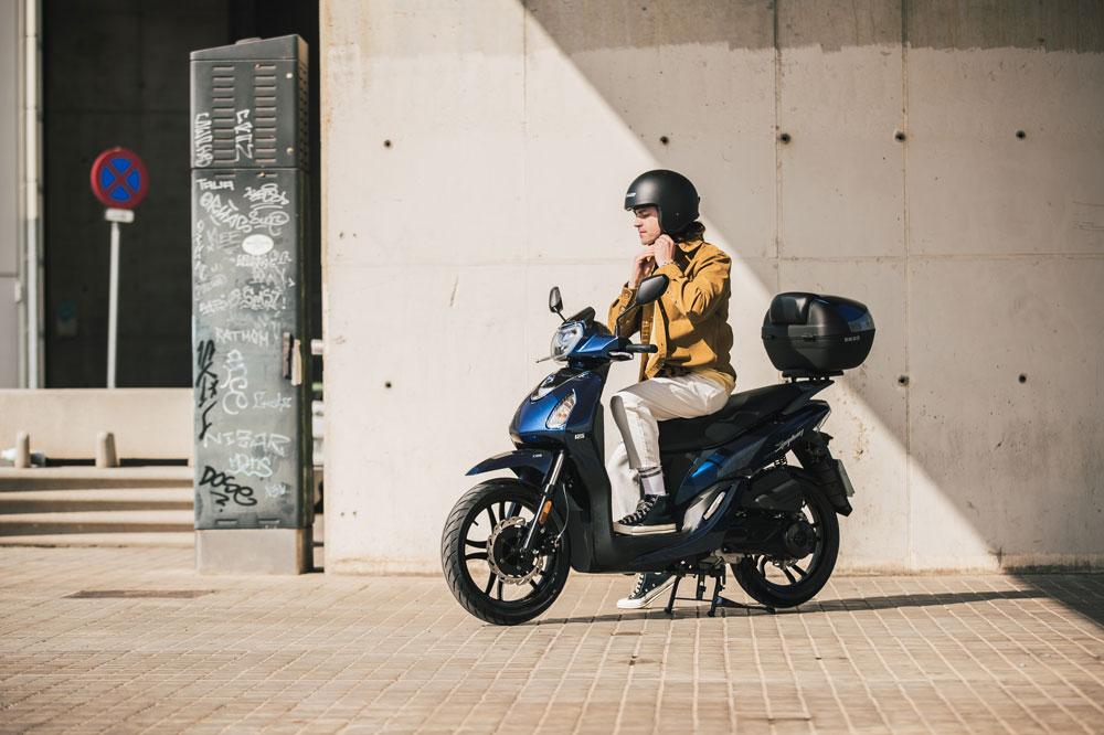 Asistencia Moto 125 es un seguro de asistencia adaptado a scooter urbanos