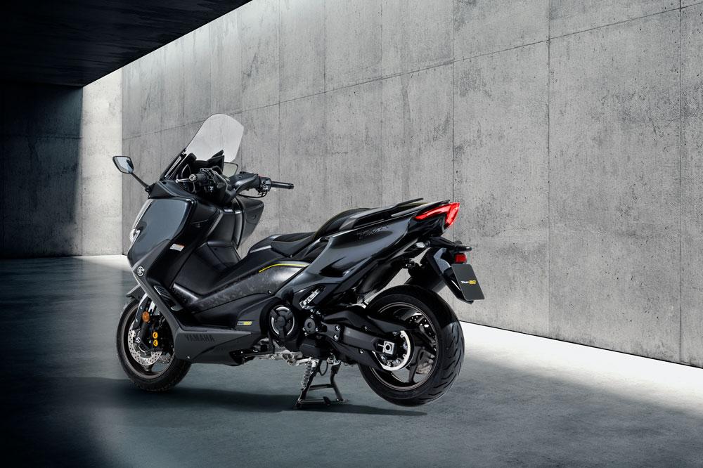 El Yamaha TMax 20 aniversario recibe muchas novedades estéticas