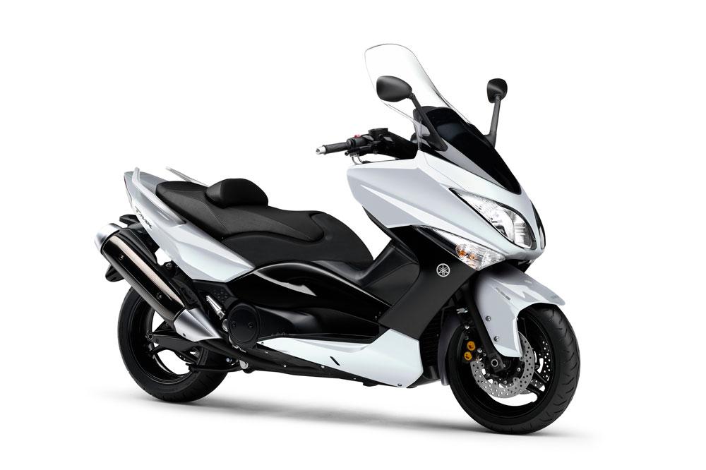 A partir de 2008 llegó la que para muchos es la mejor versión del TMax, con chasis de aluminio
