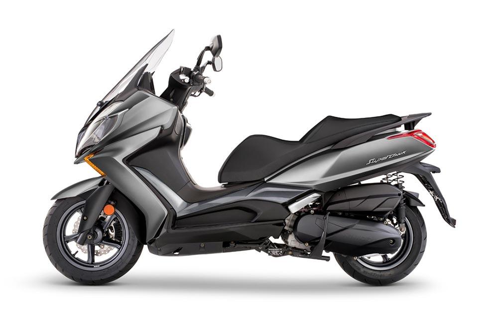 KYMCO dio en el clavo con sus scooter GT de 125 y media cilindrada