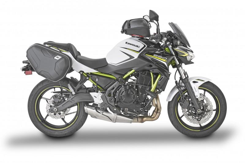 Kawasaki Z650 equipada con Kappa