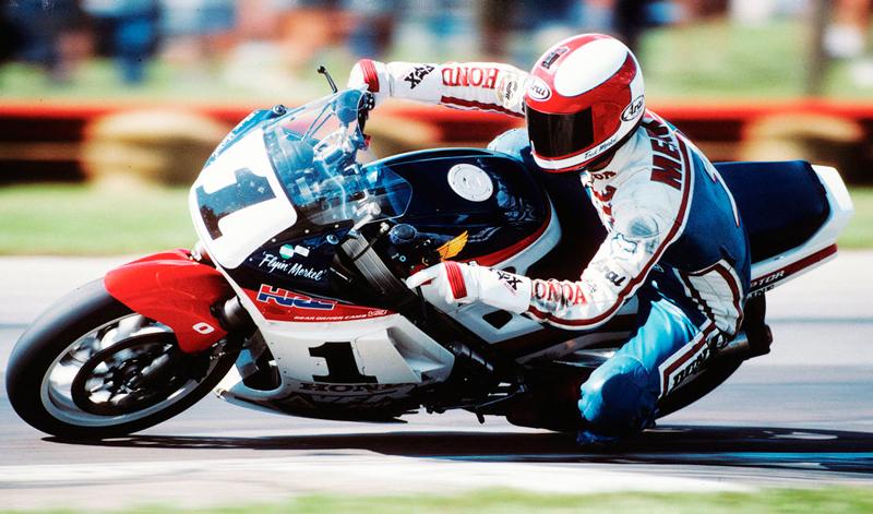 Fred Merkel coronó a la Honda RC30 Campeona del Mundo SBK