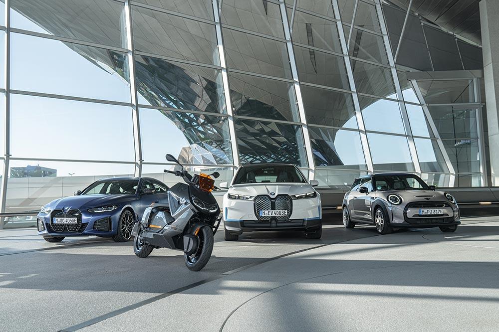 El BMW CE 04 comparte tecnología de la gama de coches eléctricos del fabricante alemán