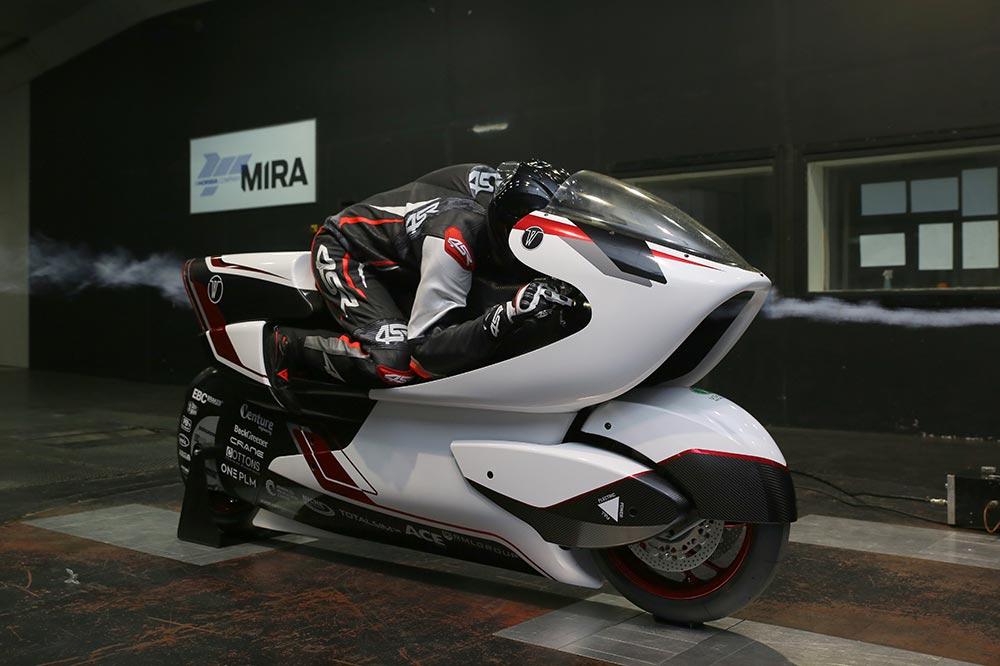 La White Motorcycle Concept sólo tiene 136 cv de potencia