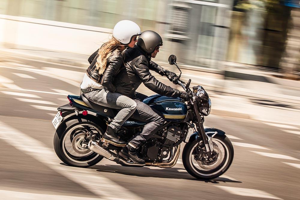 La Kawasaki Z 900 RS es tu moto si buscas una moto de corte clásico y con algo de deportividad