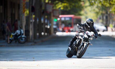 12 consejos para la mejorar la seguridad de las motos frente a los coches
