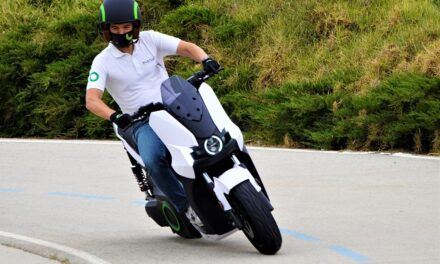 Silence S01 Basic: Un scooter eléctrico por sólo 4.000 euros