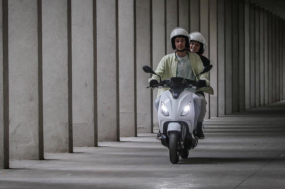 Las prestaciones del Piaggio 1 serán las equivalentes a un scooter de 50 cc